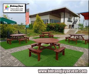 Sewa Meja Taman Bulat mewah murah di Bandung