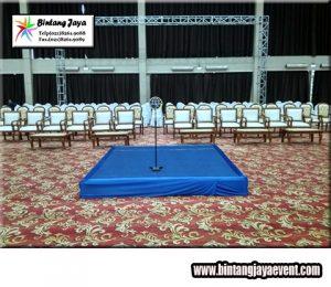 Sewa Kursi VIP Kayu Kota Tangerang